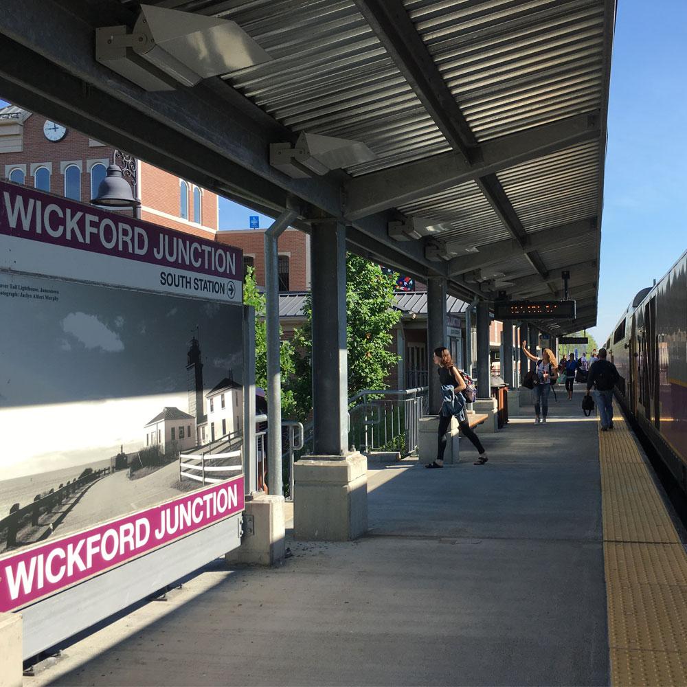 Ridetherailsri Com Train Service For Wickford Junction